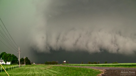 Oxford, Kansas Supercell - May 19, 2013